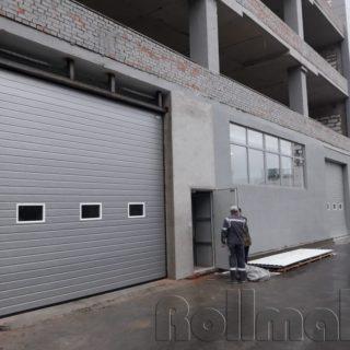 промышленные секционные ворота №4